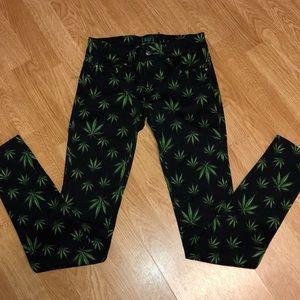TRIPP NYC Marijuana Print Pants Size 25 \1